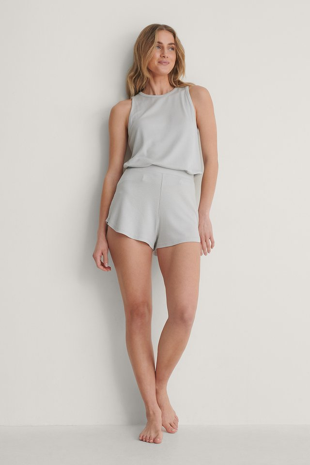 Loungewear Loose Singlet Outfit.