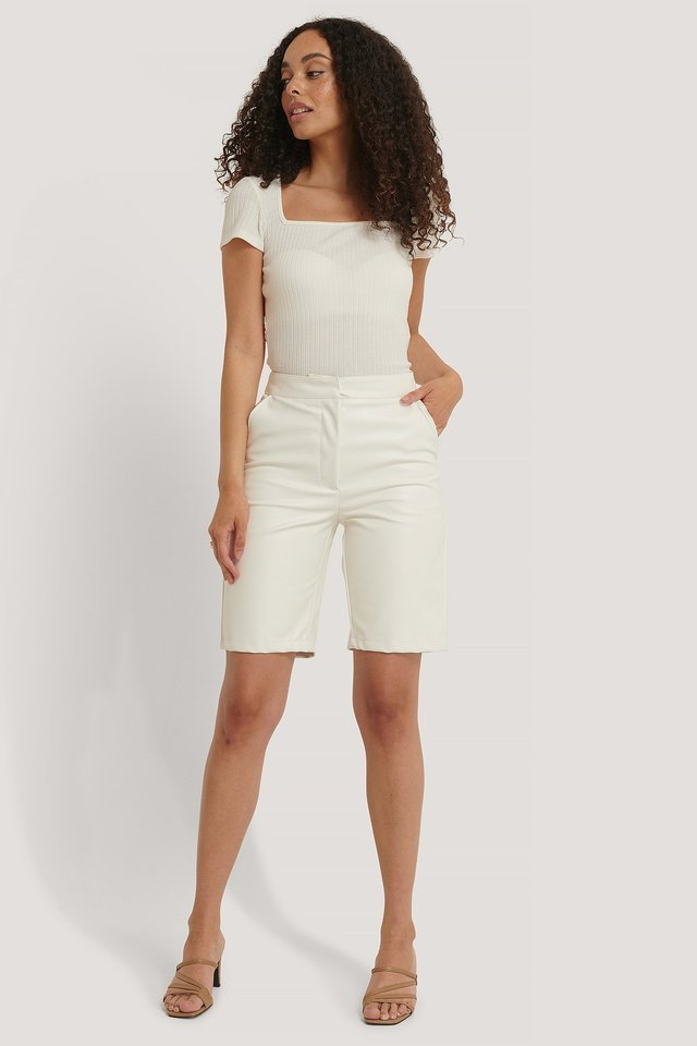 Square Short Sleeve Top Outfit.