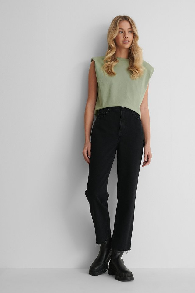 Rigid High Waist Straight Cropped Jeans Outfit.