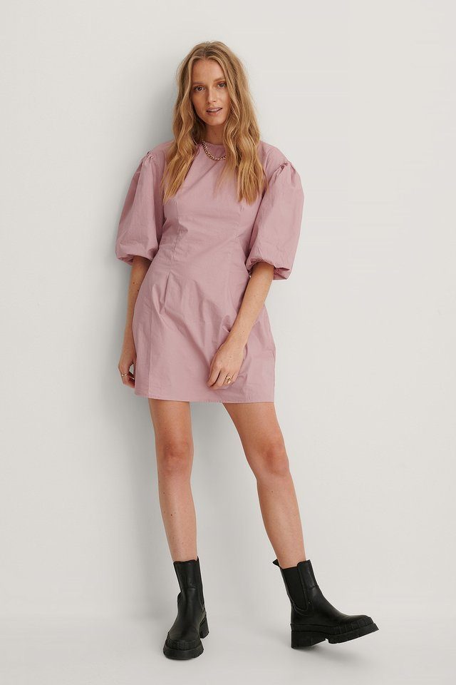 Short Puff Sleeves Slim-Fit Dress Outfit.