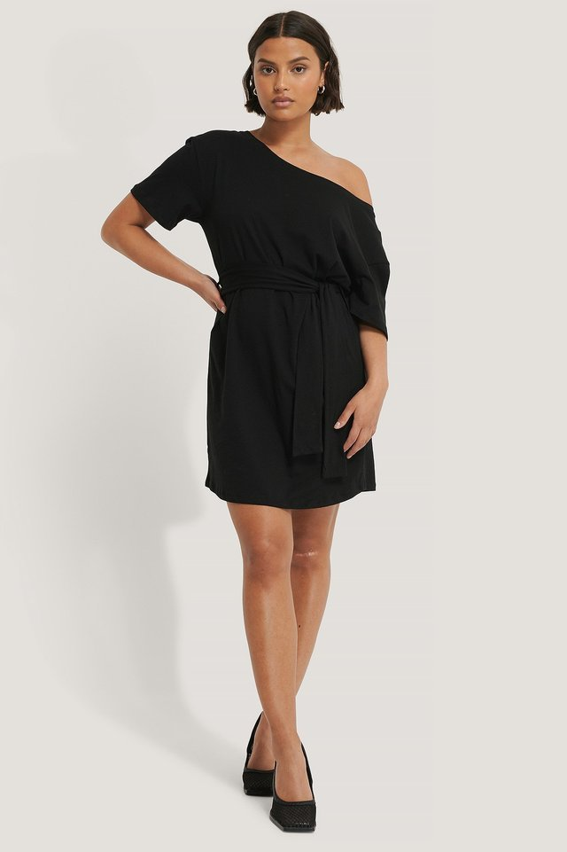One Shoulder Belted T-shirt Dress Outfit.