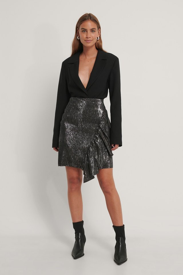 Frill Glittery Skirt Outfit.
