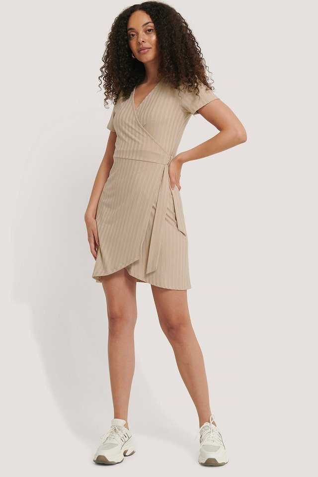 Ribbed Wrap Dress Outfit.