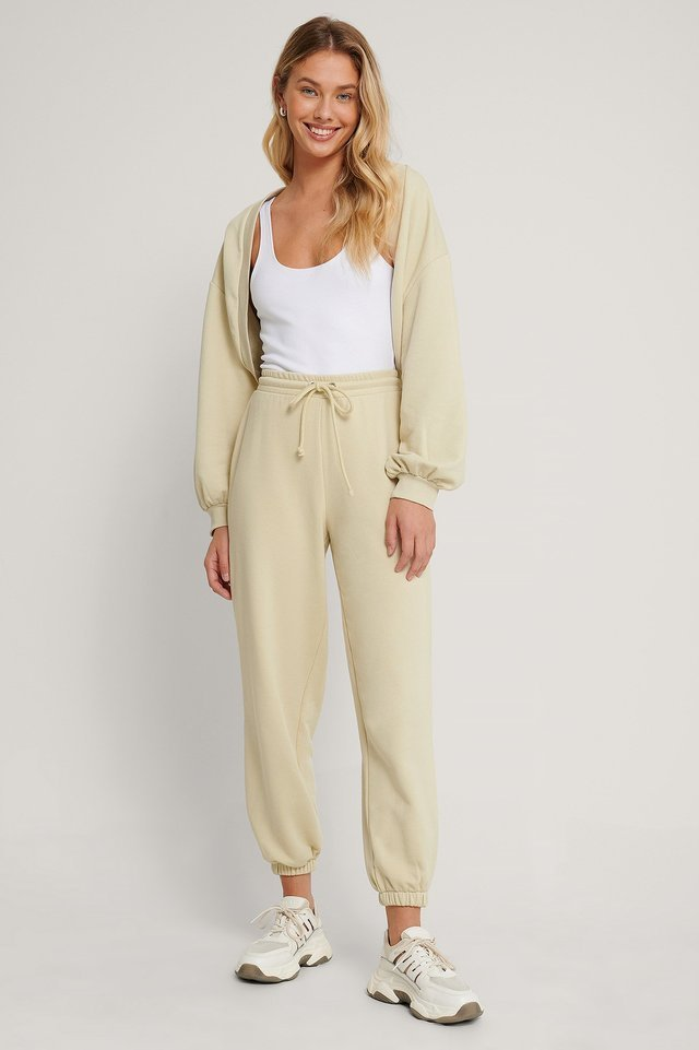 Organic Cropped Sweatshirt Cardigan Outfit.