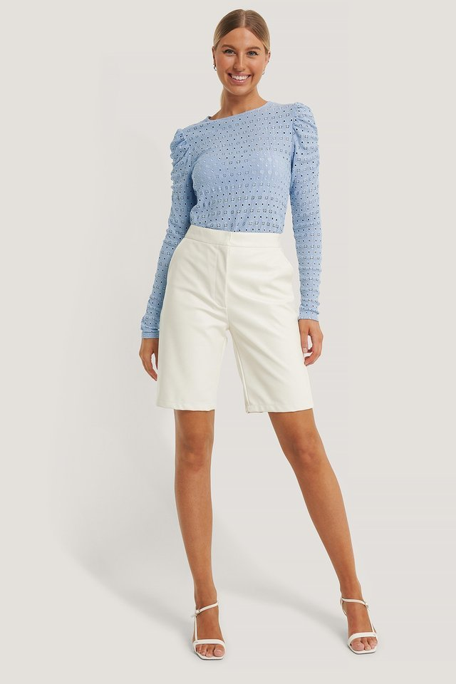 Broderie Anglaise Puff Sleeve Top Outfit.
