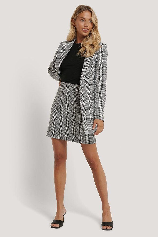 A-line Houndtooth Mini Skirt Outfit.