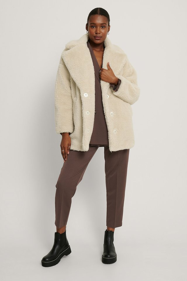 Fluffy Teddy Midi Coat Offwhite.