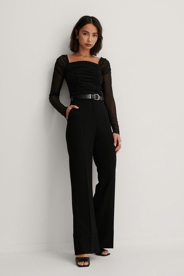 Long Sleeve Rouched Mesh Top Outfit.