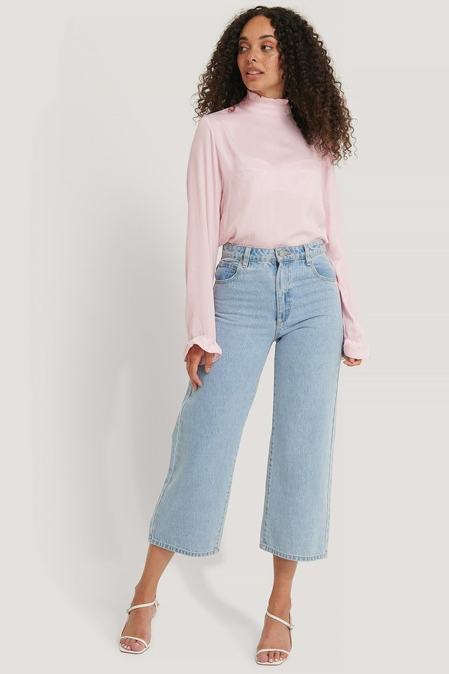 Frill Sleeve Elastic Collar Blouse Outfit.