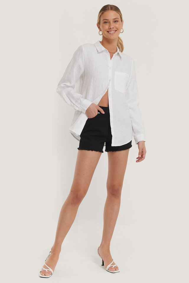 Short Denim Shorts Outfit.