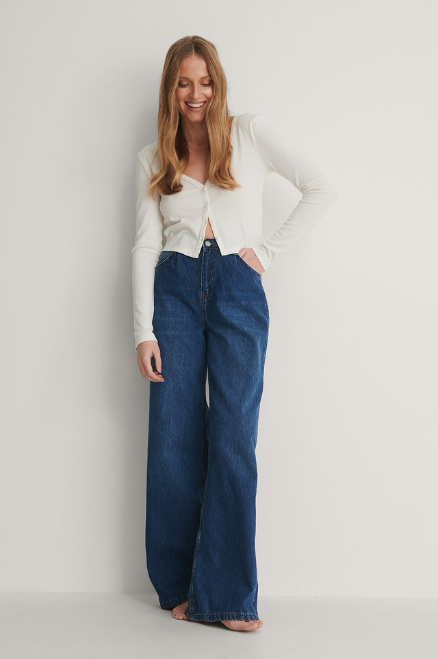 Pleated High Waist Wide Jeans Outfit.