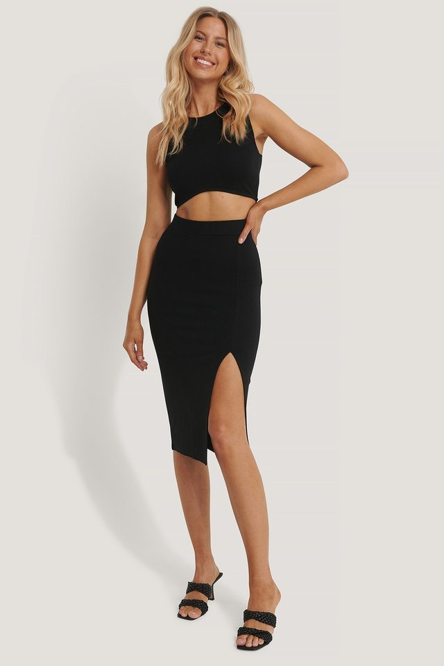Slit Detail Skirt Outfit.