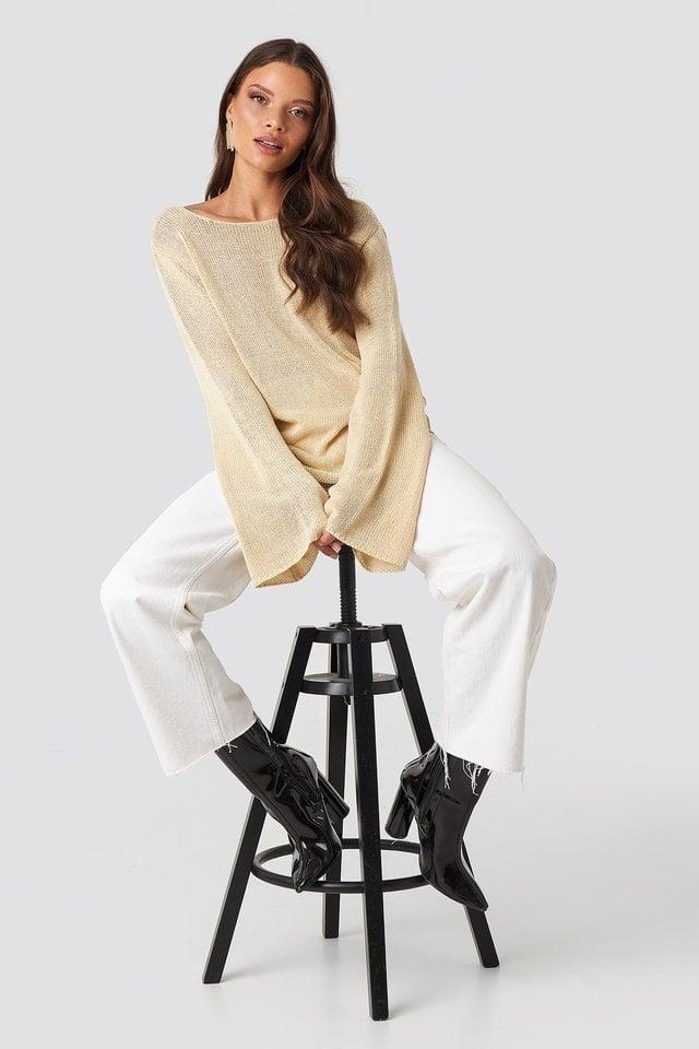 Vanessa Back V-neck Knit Outfit.