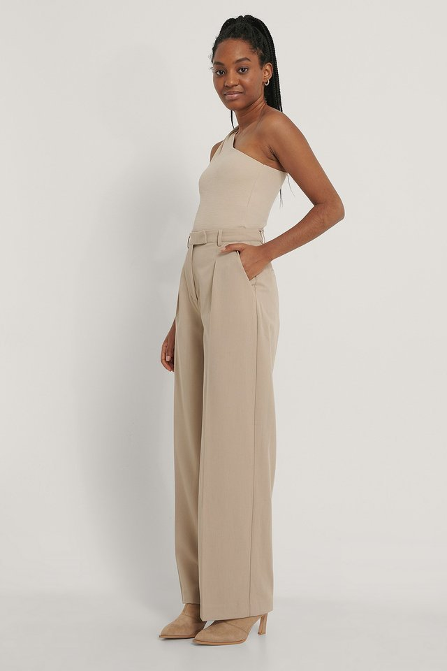 Twisted One Shoulder Top Outfit.