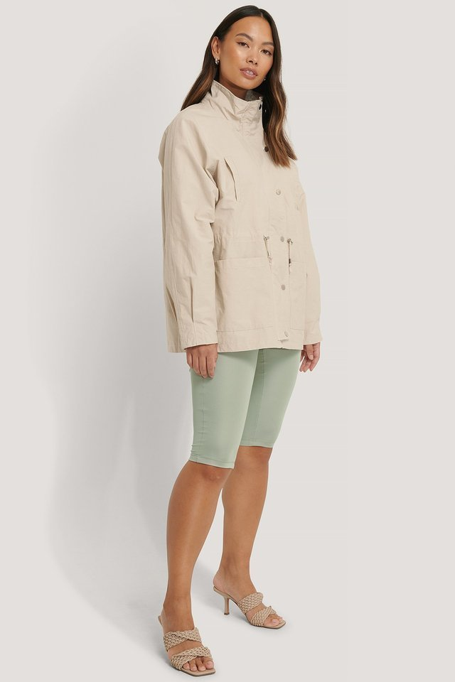 Drawstring Jacket Beige.