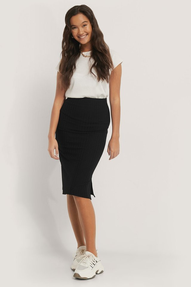 Ribbed Slit Skirt Outfit.