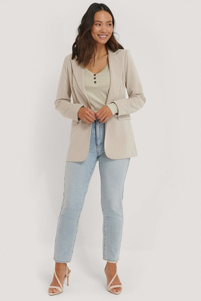 Button Up Longsleeve Outfit.