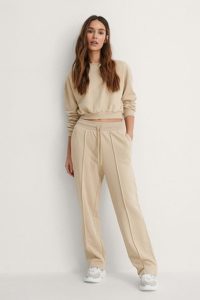 Seam Detail Sweatpants Outfit.