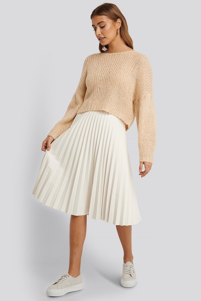 Dropped Balloon Sleeve Knitted Sweater Outfit.