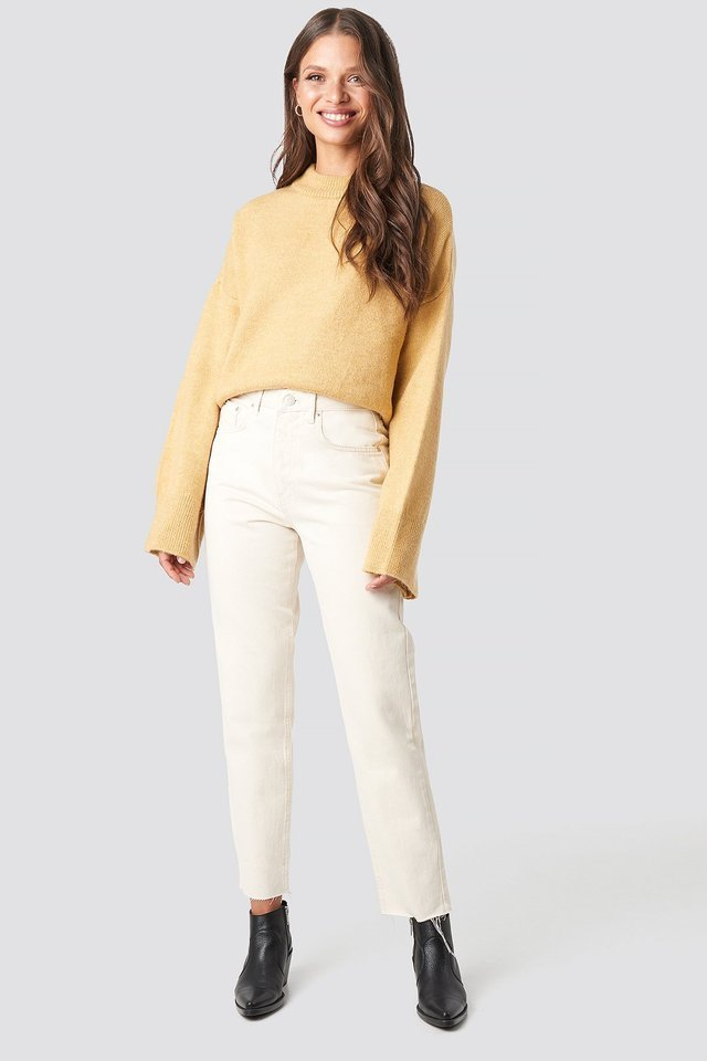 Wide Sleeve Round Neck Knitted Sweater Outfit.