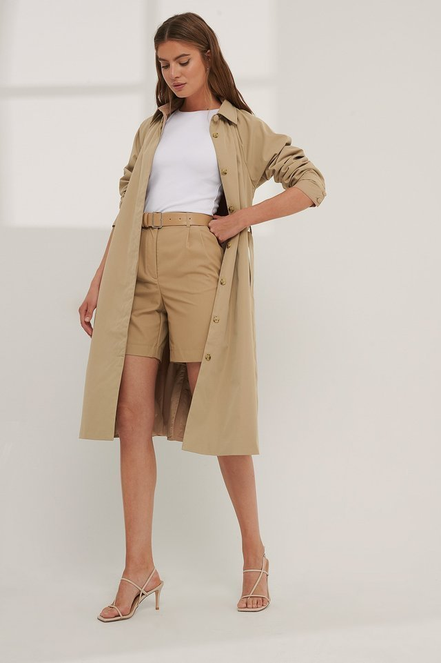 Trench Coat Beige.