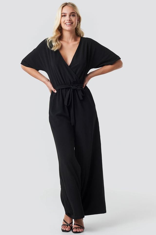 Ofelia Jumpsuit Outfit.