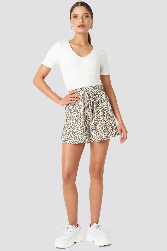 Belted Flowing Shorts Outfit.
