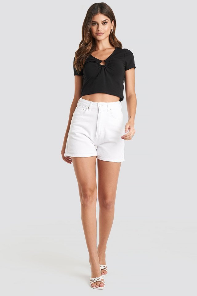 Mom Shorts Outfit.