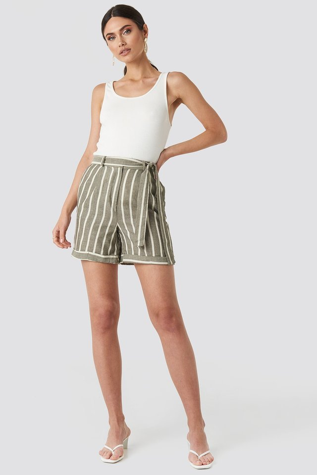 Striped Tulum Linen Shorts Outfit.