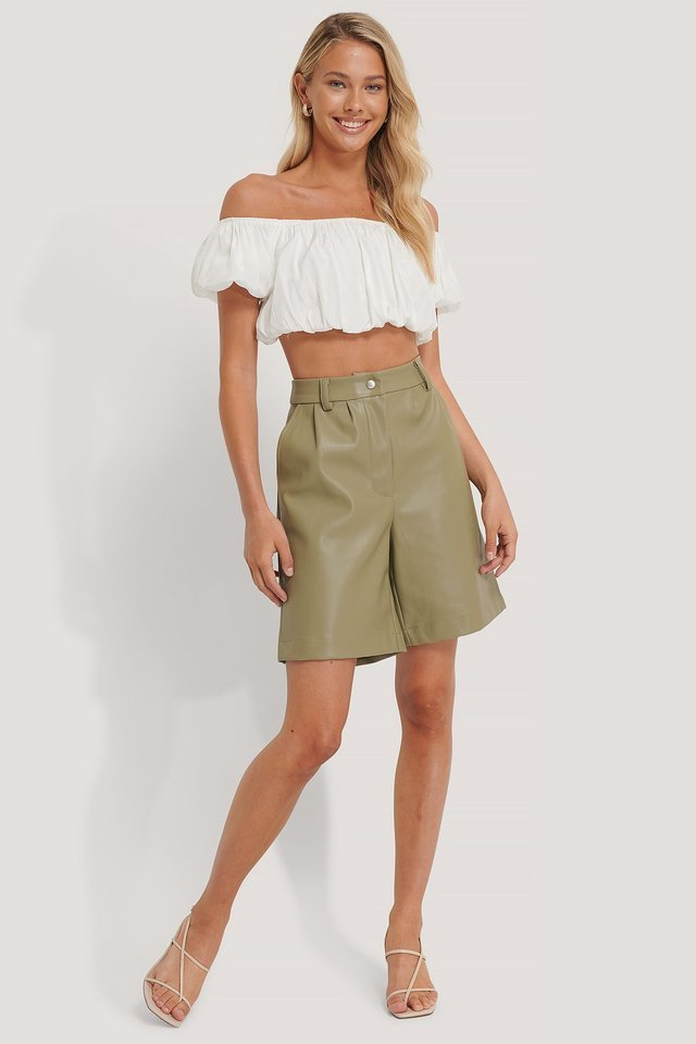 Off Shoulder Puff Top Outfit.