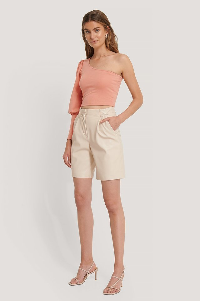 One Puff Sleeve Crop Top Outfit.