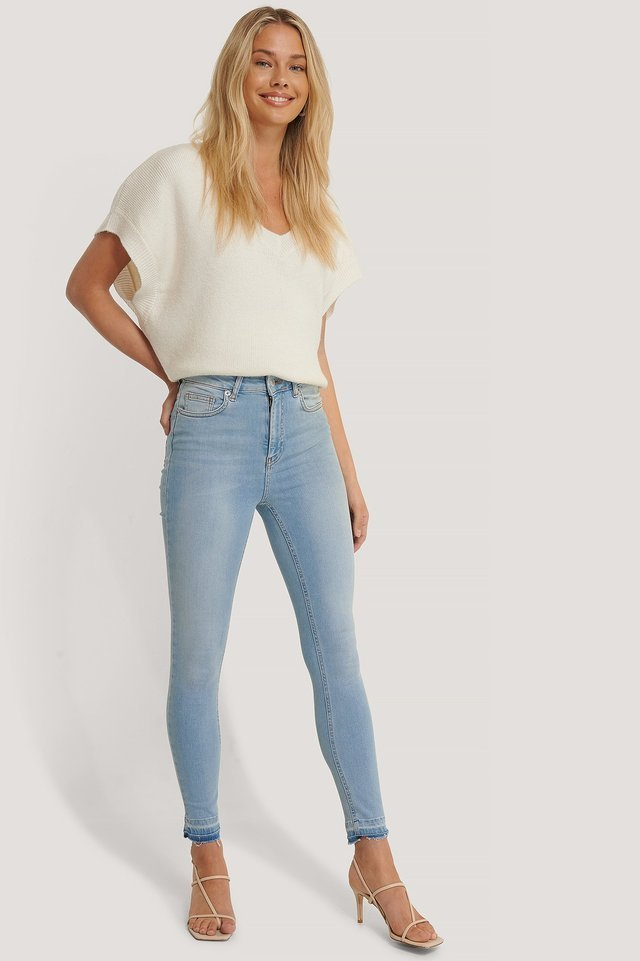 SKinny High Waist Open Hem Jeans Blue.