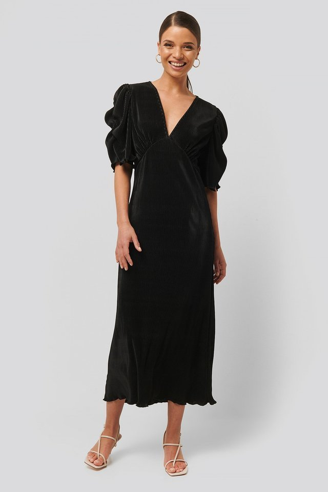 Pleated Midi Dress Outfit.