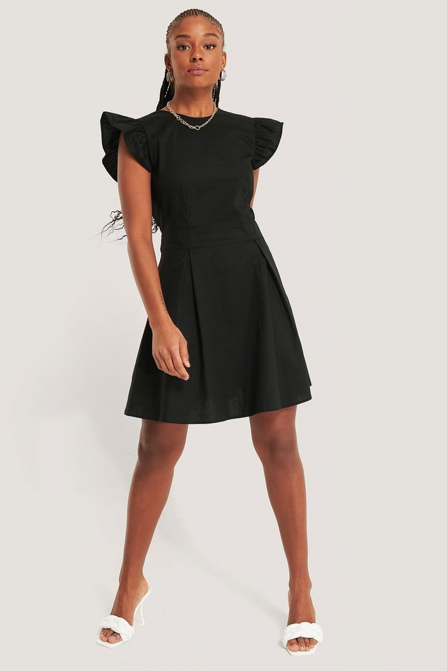 Buttoned Back Cotton Dress Outfit.