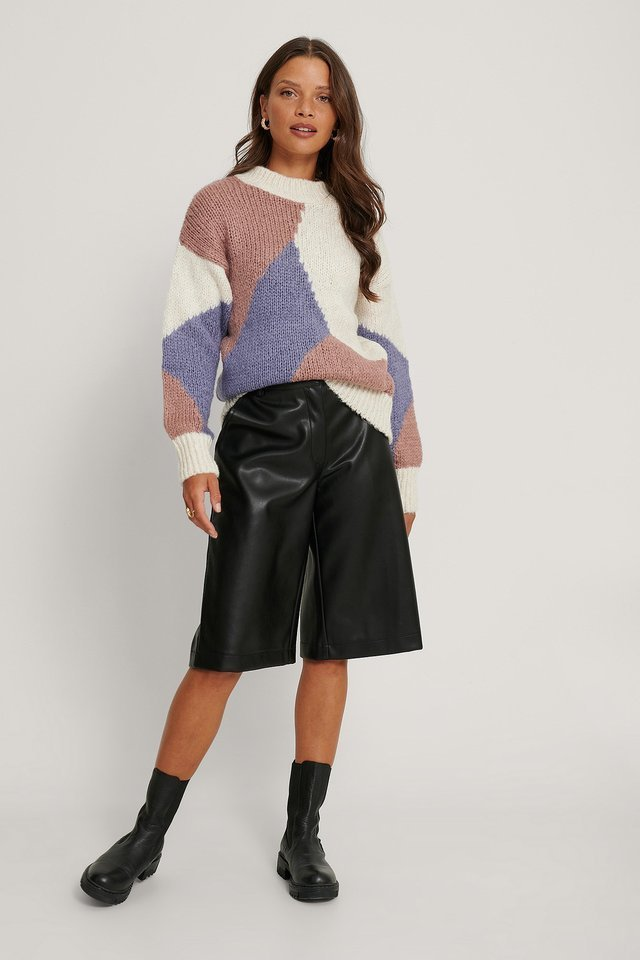 Color Block Detailed Sweater Outfit.