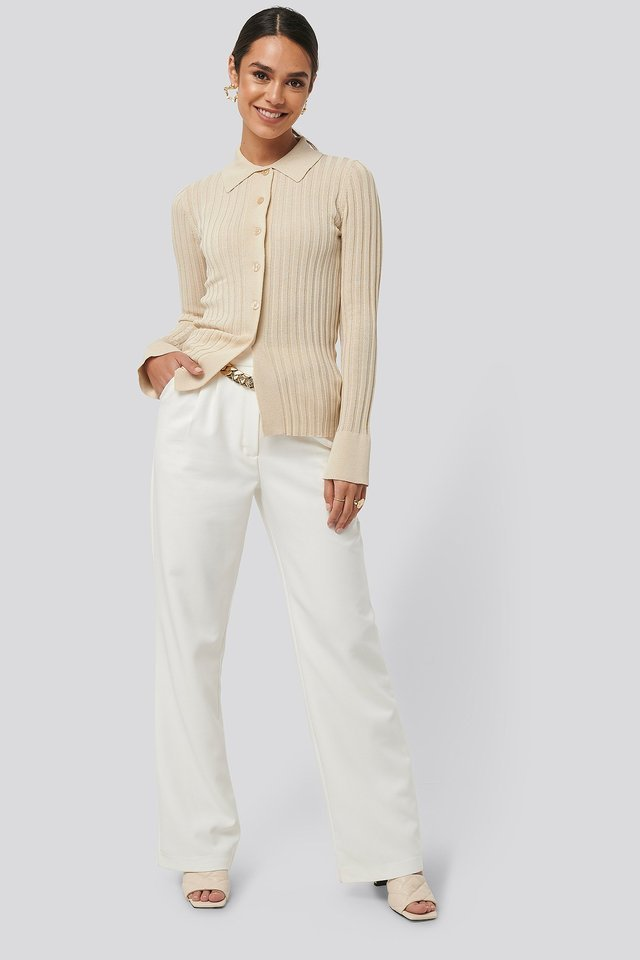Ribbed Buttoned Knitted Sweater Outfit.