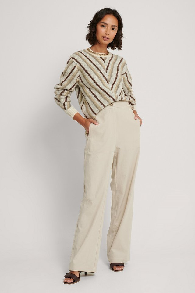 Wide Leg Elastic Waist Pant Outfit.