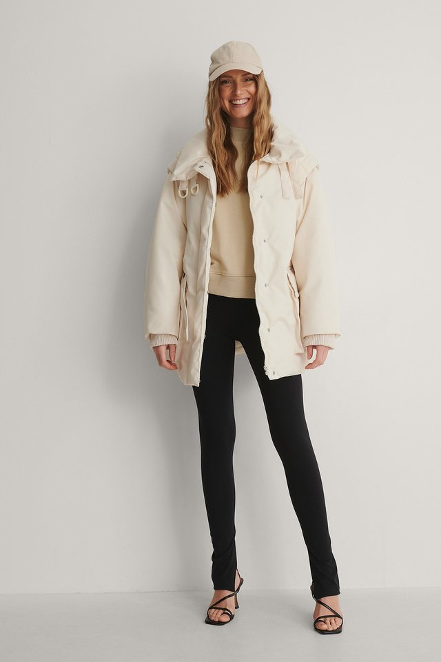 Removable Sleeves Belted Jacket Outfit.