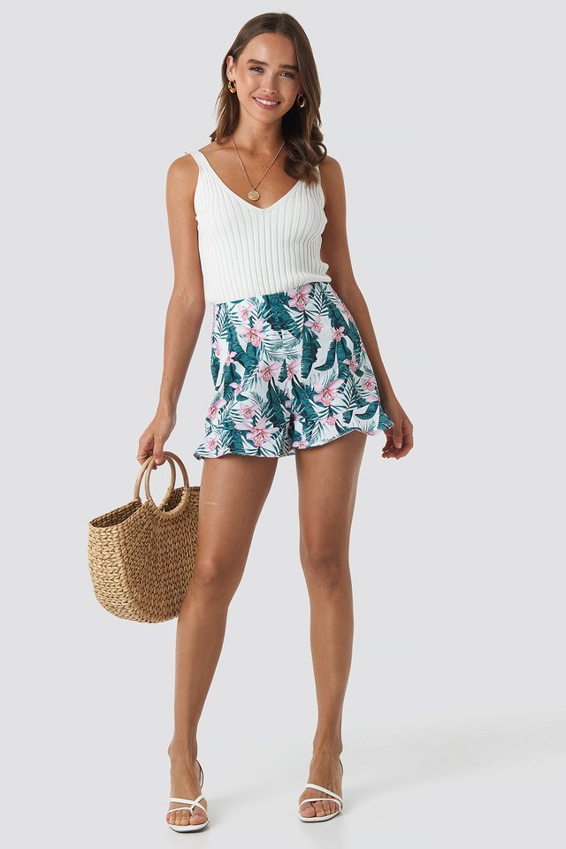 Floral Bermuda Shorts Outfit.