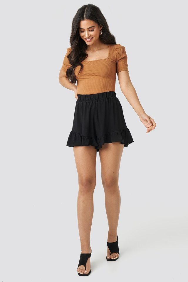 Ruffle Shorts Outfit.