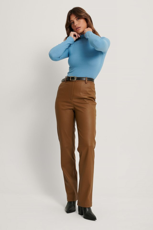 Long Sleeve Ribbed Polo Top Outfit.