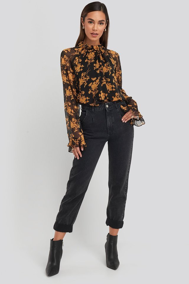 Flower Printed Shirred Blouse Outfit.