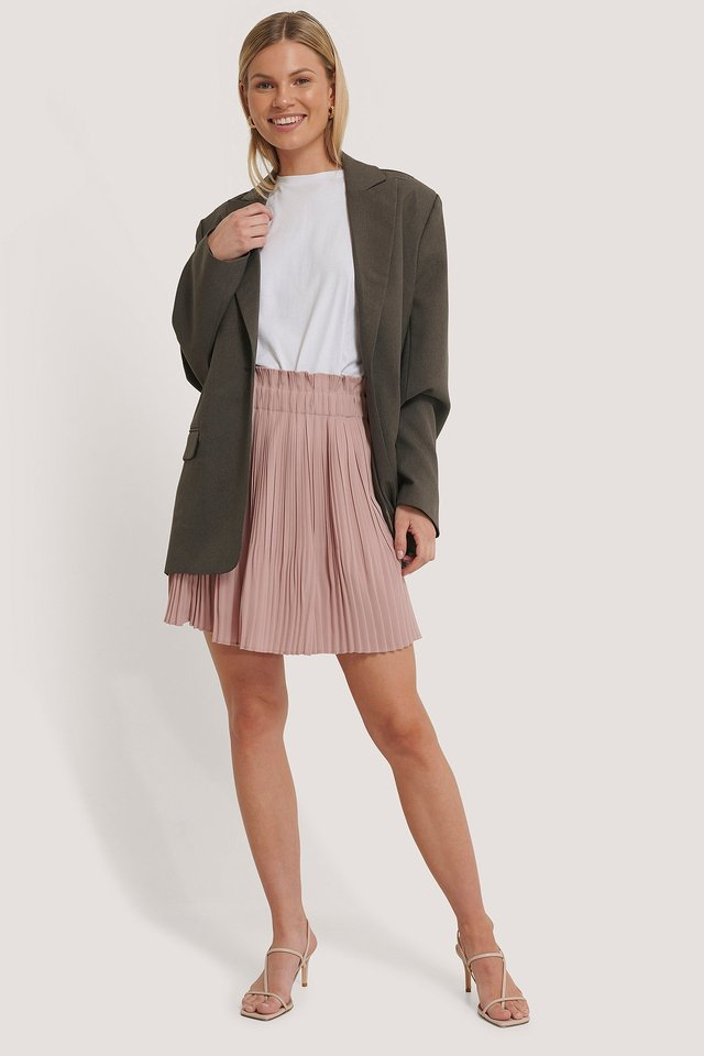 Paper Waist Mini Skirt Outfit.