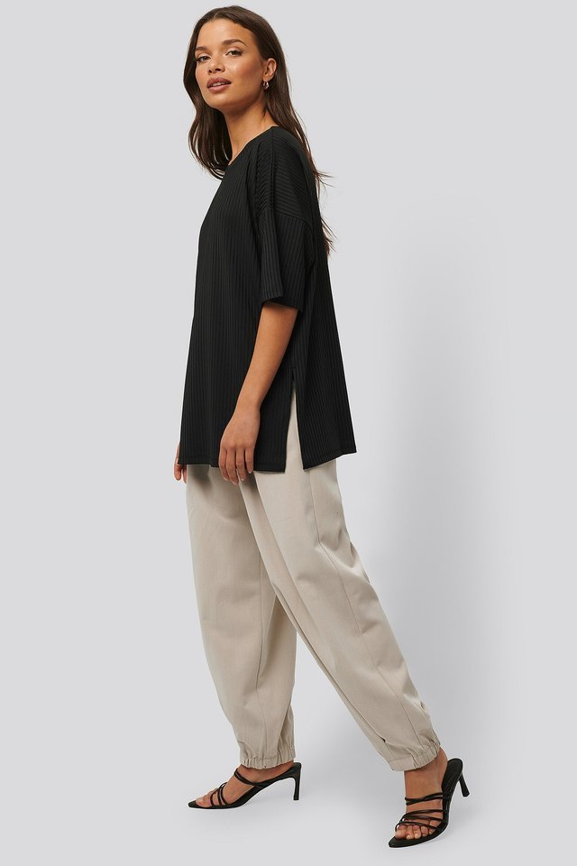 Ribbed Oversized Tee Outfit.