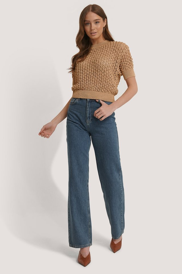 Avena Sweater Outfit.