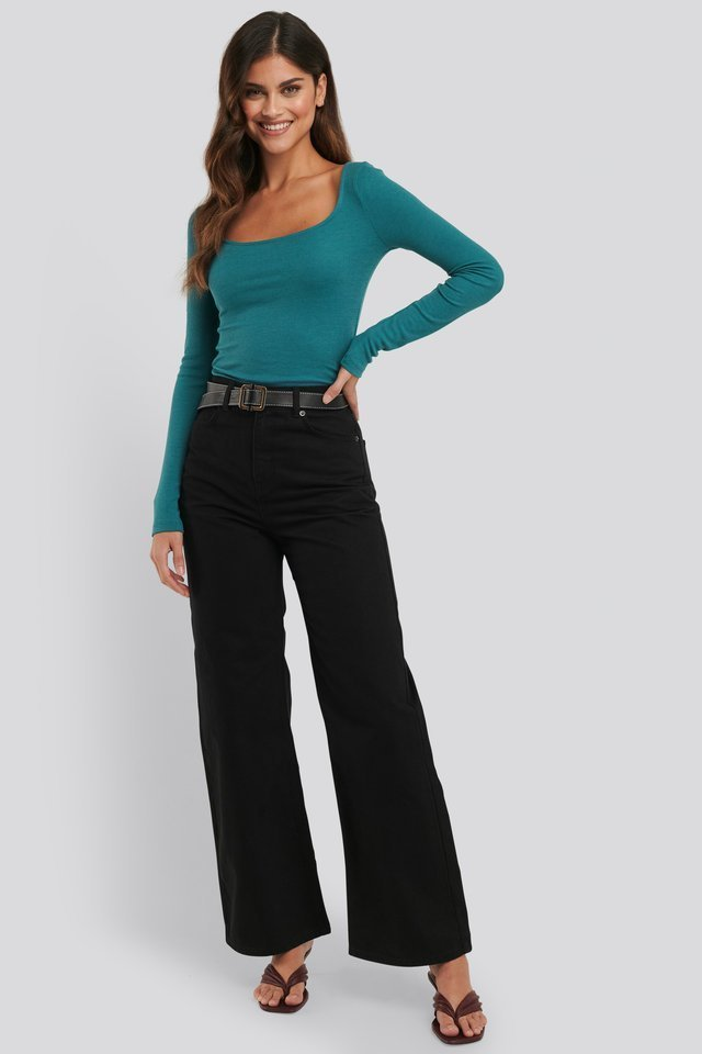 Deep Round Neck Ribbed Top Outfit.