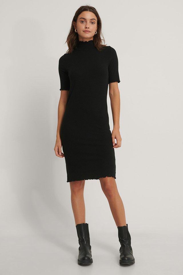 Kaia Jersey Dress Outfit.