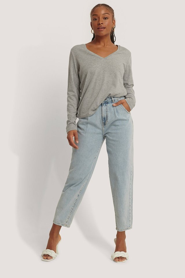 V-neck Long Sleeve Top Outfit.