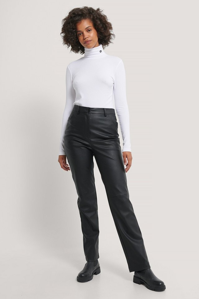 LS Rib Roll Neck Outfit.