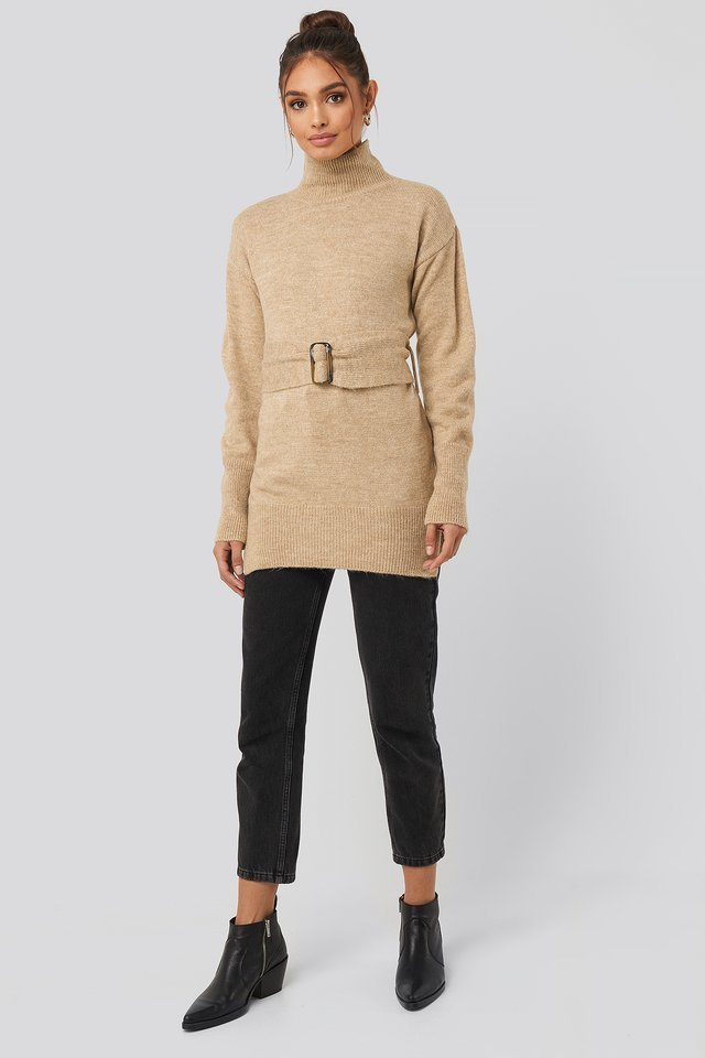 Buckle Belt Knitted Sweater Outfit.